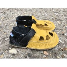 Baby bare shoes IO - summer perforation Ananas